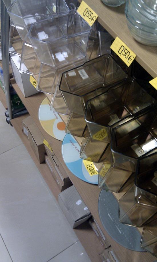 Domáce potreby Rosler - aj vy ešte doma máte tieto plastové nádoby na múku či cukor? :)