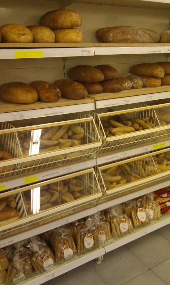 Supermarket CBA v nákupnom centre PT Univerzál Piešťany