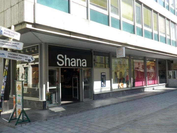 Shana v Bratislave na Laurinskej ulici