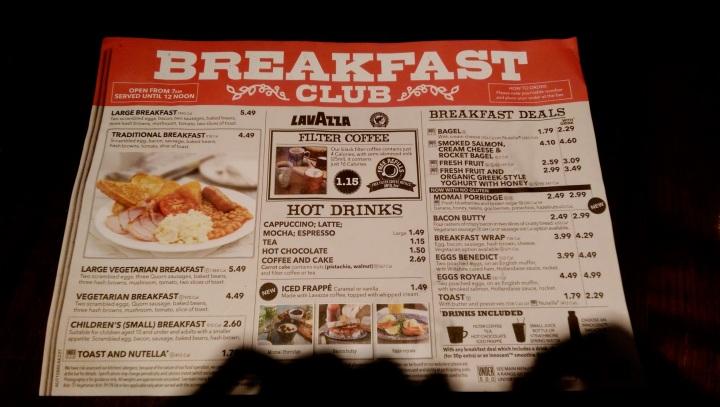 Raňajkové menu vo Wetherspoons. Foto: Retazce.sk
